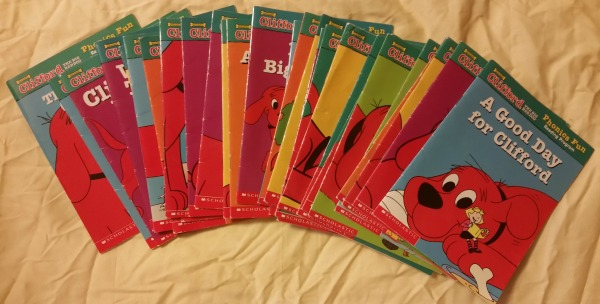 Clifford Phonics Fun Reading Program
